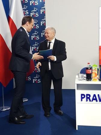 Z rąk Prezesa Prawa i Sprawiedliwości Pana Jarosława Kaczyńskiego otrzymałem powołanie na koordynatora wyborów samorządowych okręgu nr 23. Zaufanie, którym obdarzył mnie Pan Prezes jest ogromnym wyróżnieniem i zarazem wielką odpowiedzialnością.